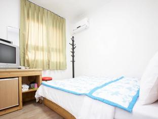 24 Guesthouse Myeongdong Seoul - Guest Room