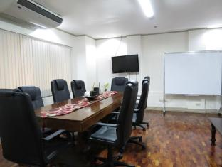 Casa Pura Hotel Manila - Meeting Room
