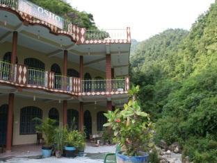 /rishikesh-sadan-a-yoga-spritual-retreat/hotel/rishikesh-in.html?asq=jGXBHFvRg5Z51Emf%2fbXG4w%3d%3d