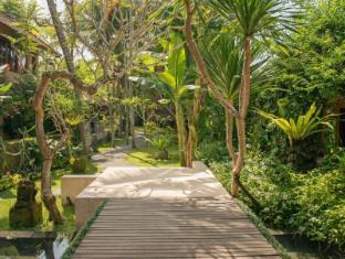Komaneka at Monkey Forest Ubud Bali - Garden
