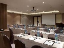S. aura Hotel: meeting room