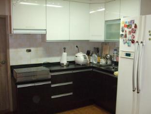 Birdsnest Hostel Hongdae Seoul - Kitchen