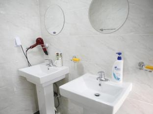 Birdsnest Hostel Hongdae Seoul - Bathroom