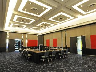 Mantra on View Hotel Gold Coast - Meeting Room