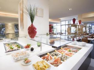 Mantra on View Hotel Gold Coast - Restaurant