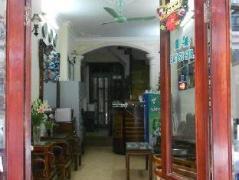 Hanoi Lucky Guesthouse | Vietnam Budget Hotels