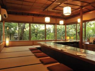 Kyoto Uji Hanayashiki Ukifune-en Kyoto - Hanayashiki - Japanese Steakhouse