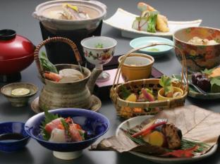 Kyoto Uji Hanayashiki Ukifune-en Kyoto - Food at Satori - Japanese Restaurant