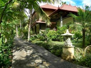 Bali Bhuana Beach Cottages Бали - Фасада на хотела