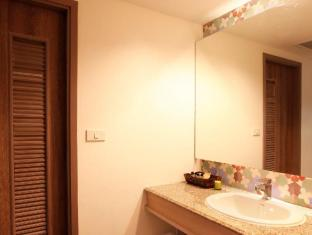 The Viridian Resort Phuket - Rest Room in Grand Deluxe - Deluxe Plus