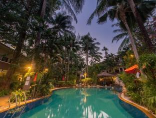 The Viridian Resort Phuket - Uszoda