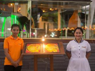 The Viridian Resort Phuket - Bar/Bekleme Salonu