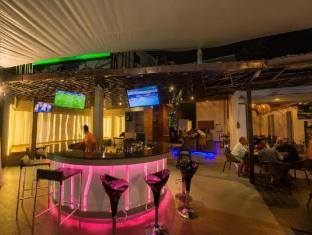 The Viridian Resort Phuket - bar/salon
