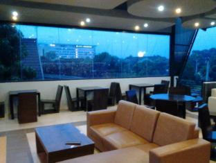 Huiz de Rico Guesthouse Yogyakarta - Cafe & Resto