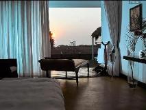 Marbela Home: view