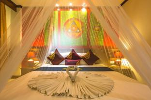 /ru-ru/tanawan-phuket-hotel/hotel/phuket-th.html?asq=bez43sa4MeyqyaMwfenrcJ2HC4abLnUoquh07gXSIC%2fyHtOBosLewQZoReztRgyYO4X7LM%2fhMJowx7ZPqPly3A%3d%3d