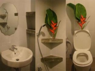 Phu Kamala Suite Phuket - Bathroom
