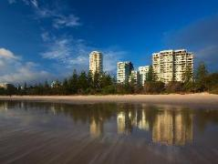 Southern Cross Apartments | Cheap Hotels in Gold Coast Australia