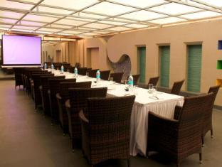 The Roa Hotel Mumbai - Conference