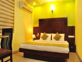 Hotel Star View New Delhi and NCR - Standard Room