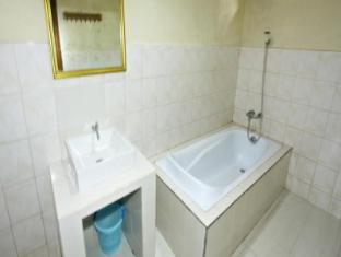 율리아티 하우스 발리 - 화장실
