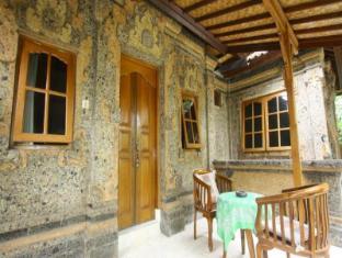Yuliati House Bali - Balkong/terrass