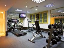 fitness room | Abu Dhabi Hotels
