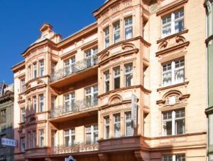 Hotel Taurus Prague - Exterior