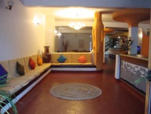 Blue Horizon Guest House Negombo - Lobby Sitting Area