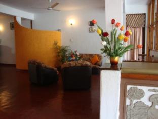 Blue Horizon Guest House Negombo - Lobby Area