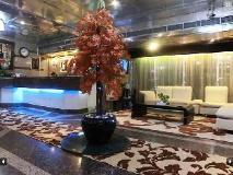 Al Muraqabat Plaza Hotel Apartments: lobby