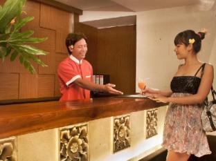Grand Hardys Hotel and Spa Kuta Bali - Receptionist