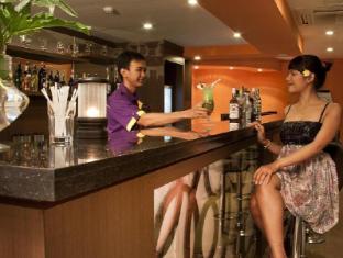 Grand Hardys Hotel and Spa Kuta Bali - Star Lounge