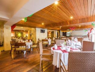 Grand Hardys Hotel and Spa Kuta Bali - Restaurant