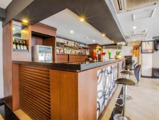 Grand Hardys Hotel and Spa Kuta Bali - Pub/Lounge