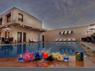 /hotel-the-retreat/hotel/agra-in.html?asq=jGXBHFvRg5Z51Emf%2fbXG4w%3d%3d