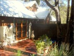 Bickley Valley Retreat   Cheap Hotels in Perth Australia