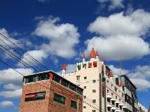 Inca Motel: exterior