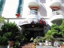 Inca Motel: entrance
