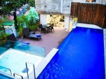 The Johnston Suites Hong Kong: swimming pool
