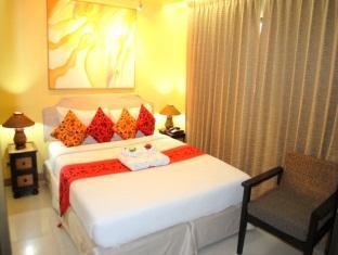 Pasadena Lodge Hotel Pattaya - Class Queen Bed