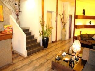 Pasadena Lodge Hotel Pattaya - Elevator