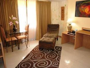Pasadena Lodge Hotel Pattaya - Suite Room