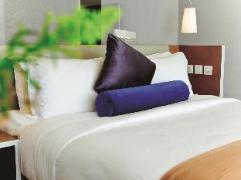 Hong Kong Hotels Cheap | CHI Residences 138
