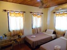 Namavong Guesthouse: guest room
