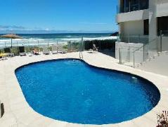 Dorchester on the Beach Hotel Australia