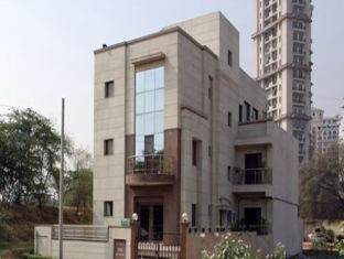 7110 Residency New Delhi and NCR - Hotel Exterior