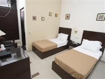 Hotel Sunstar: guest room