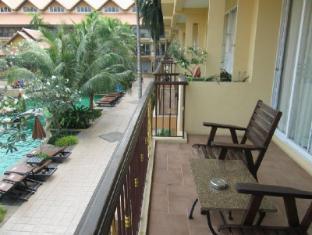 Villa Thongbura Pattaya - Balcony/Terrace