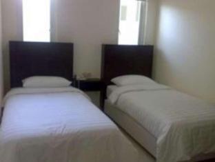 Panggon Guesthouse Surabaya - Guest Room